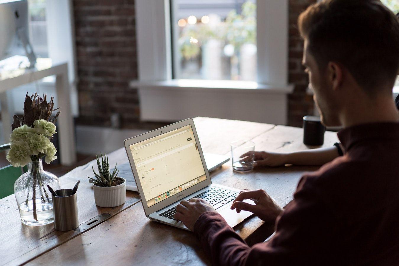Programmatore freelance di apps: Escrow e forme di pagamento