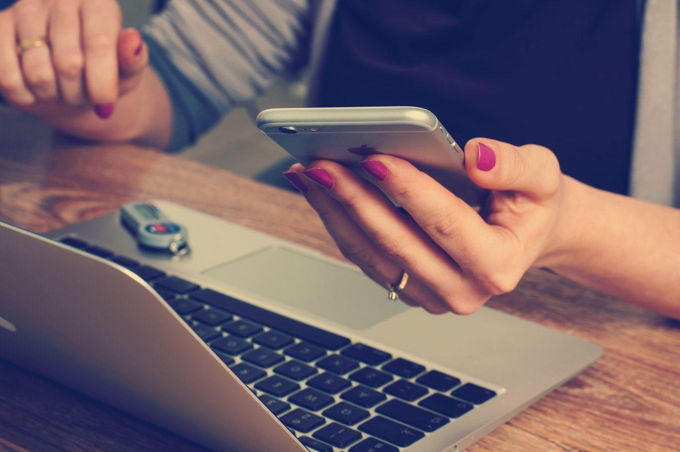 Applicazioni mobili come business: 12 modelli di business