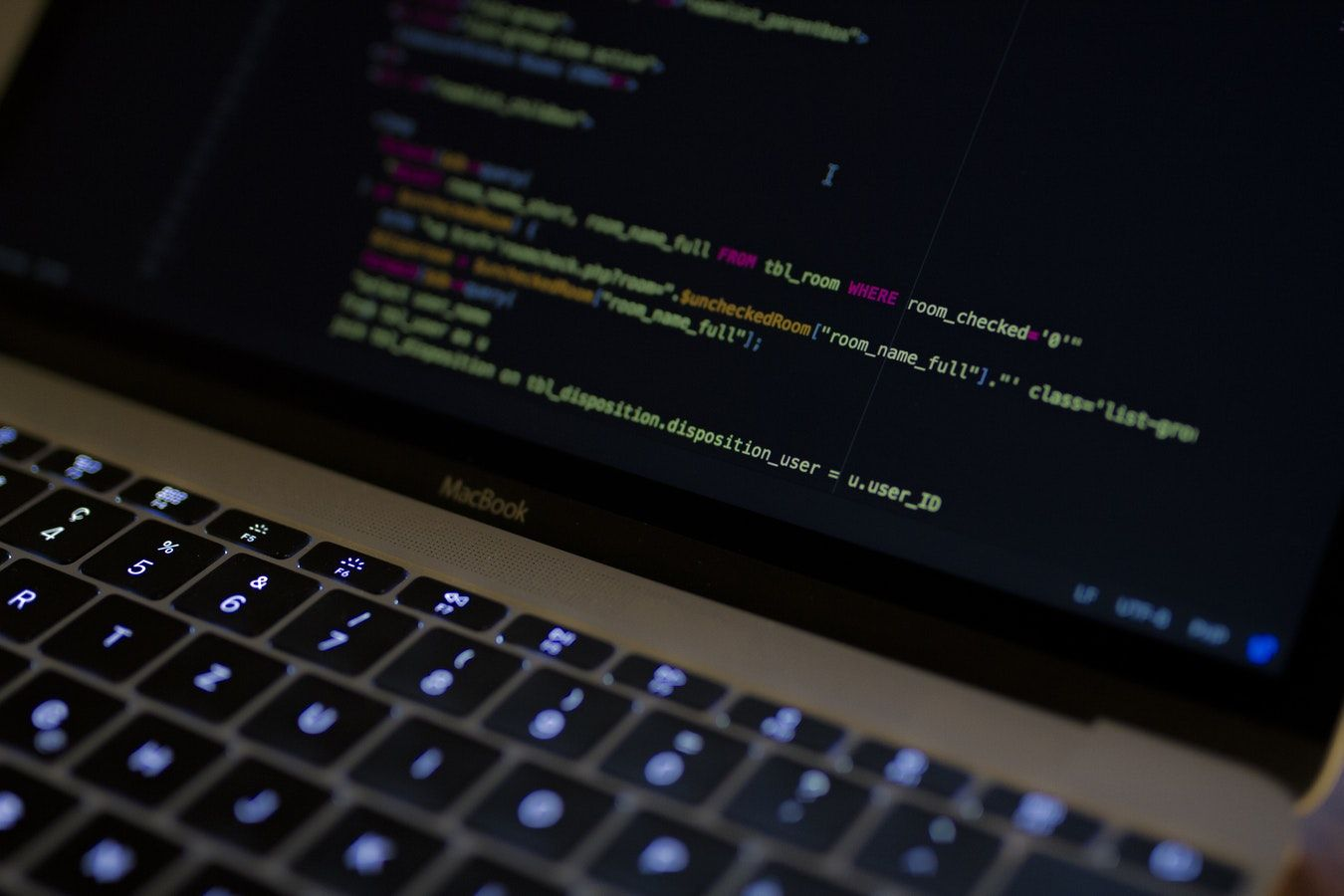 I 9 strumenti che ti aiuteranno nello sviluppo web