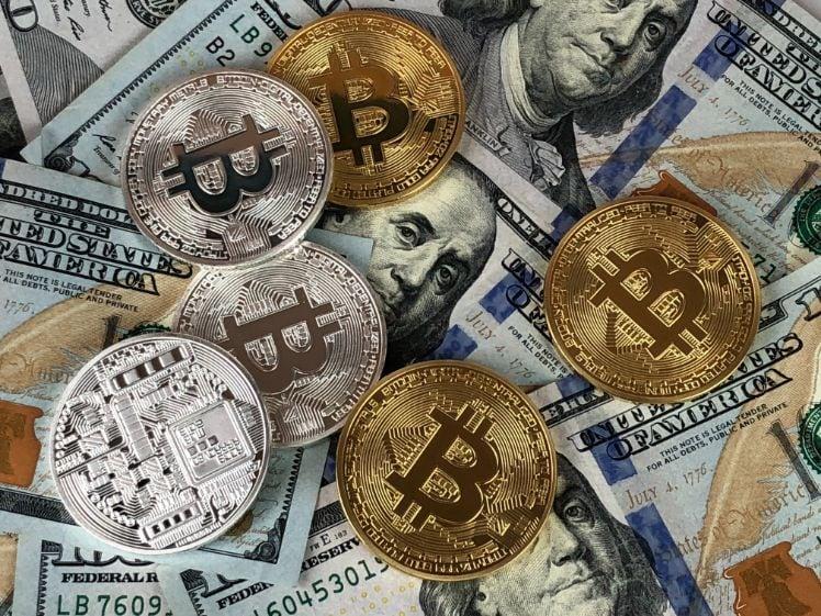 bitcoin e dollari