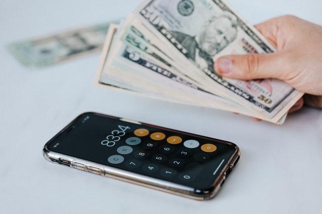 smartphone e soldi