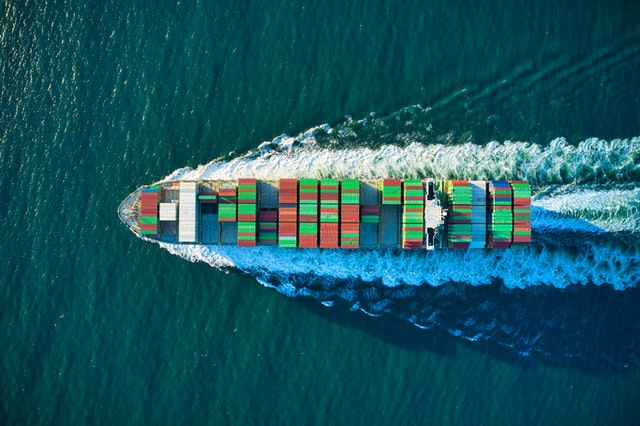 barca con container